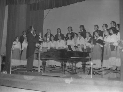 Coro UTE, 1974.
