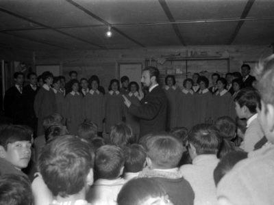Coro UTE en una escuela