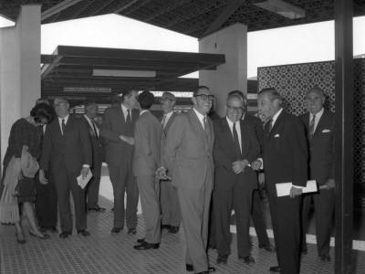 Ingenieros argentinos visitan la Unidad Universitaria, Paraninfo, 1964