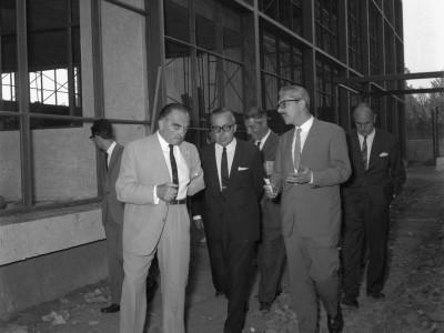 Ingenieros argentinos visitan la Unidad Universitaria, 1964