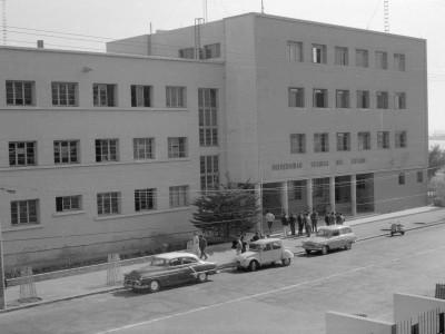 Escuela de Minas de Antofagasta fundada en 1918. Se anexa a la UTE en 1952.