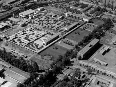 Vista aérea de la Unidad Universitaria en la que se puede observar la Unidad Vecinal Portales
