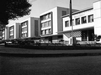 Escuela de Minas de La Serena fundada en 1887. Se anexa a la UTE en 1952
