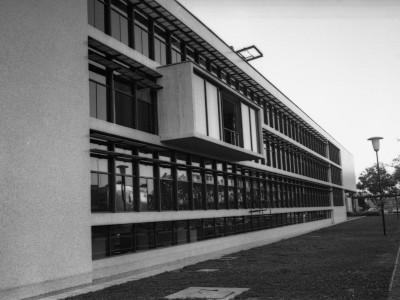 Vista posterior de Casa Central donde se ubica balcón de rectoría