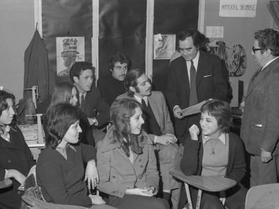 """Equipo de realización y producción del documental """"Marihuana"""", dirigido por Hernán Garrido en 1975."""