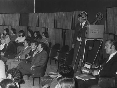 Exhibición del Departamento de Cine y TV en el Salón de Honor de la UTE.