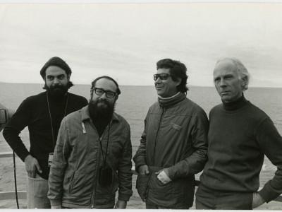 Patricio Gómez, Peter Overbeck, José Román y Rubén Soto durante grabación de documental en la Antártica.