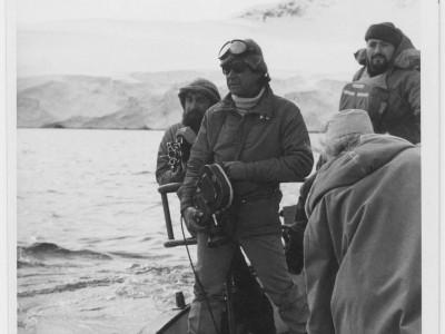 Rubén Soto durante grabación de documental en la Antártica.