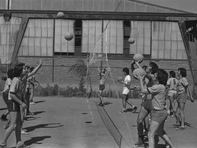 Entrenamiento de vóleibol, 1974.