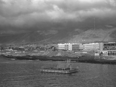 Vista de la ciudad de Antofagasta y Sede UTE. Fecha estimada 1974.
