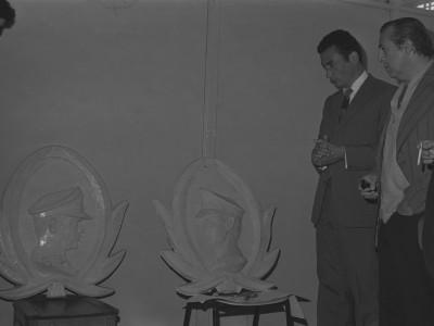 Monolito en homenaje a carabineros muertos el 11 de septiembre de 1973. Antofagasta. Fecha estimada 1974.