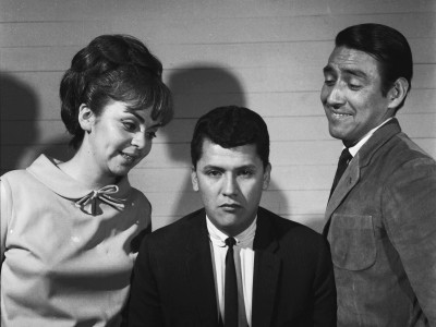 """Gladys del Río, Hugo González y Juan  Quezada,  elenco de la obra """"Escape Libre"""". 1965."""