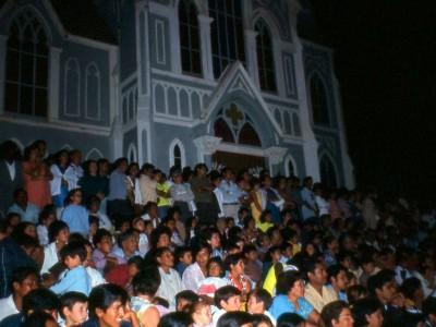 Público de presentación del BAFUTE en el norte de Chile. 1970. (Donación de Enrique Carvajal)